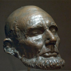 A bronze of Lincoln's 1865 life mask by sculptor Clark Mills, courtesy Library of Congress